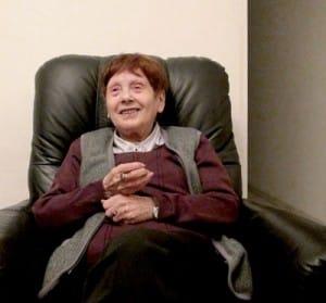 Maria Perlberger-Shmuel podczas rozmowy z Urszulą i Wiesławem Żyznowskimi, Hajfa 14 marca 2012 roku.